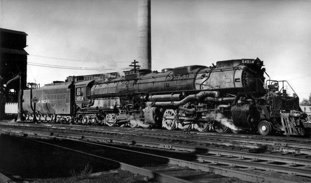 Union Pacific 4-8-8-4 under steam