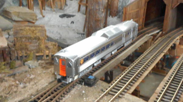 RDC pulling into Tunnel #2