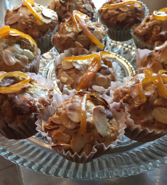 brekkers muffins with almond and lemon strip topping