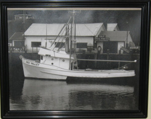 1987 Picture of fishing boat in Noyo Harbour
