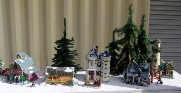 Right end of the Holiday Diorama