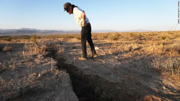 Crack in the earth opened up by the Ridgecrest quake